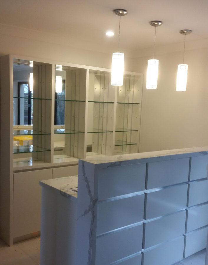 Custom glass splashbacks mirrors for Custom glass and mirror